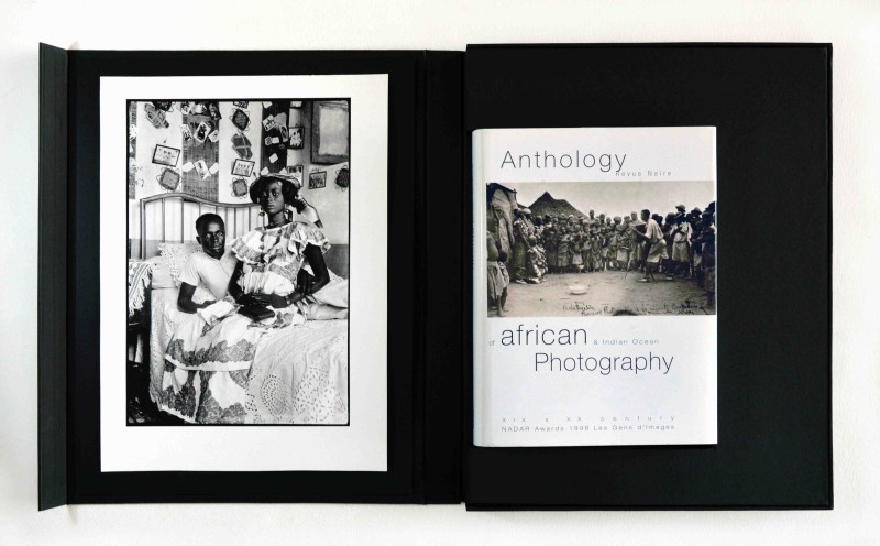 In the collection Revue Noire Rare Book box Anthology of African Photography with an original print of a Couple of Saint-Louis, ca. 1915-1930, 40 x 30 cm, Courtesy of Revue Noire publisher