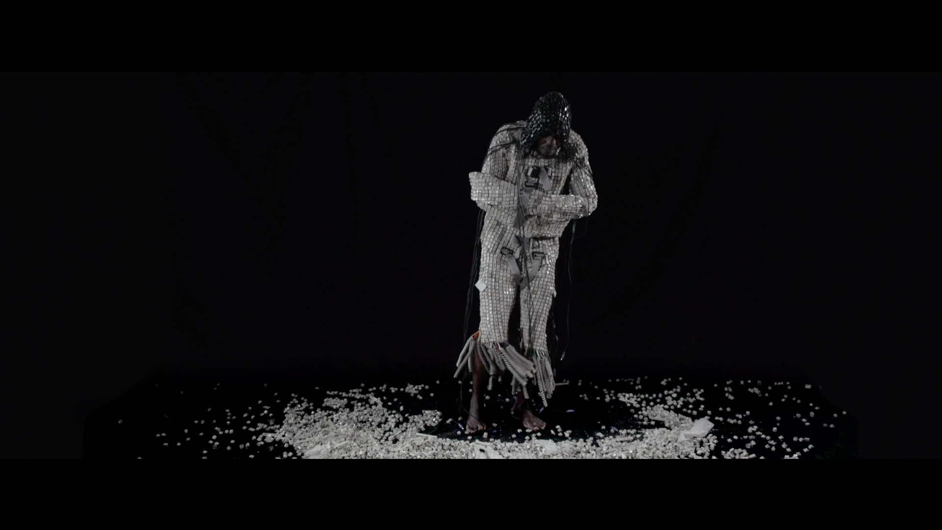 Maurice Mbikayi, Web Jacket (film still), 2015, 9 min. Courtesy of the artist and Officine dell'Immagine