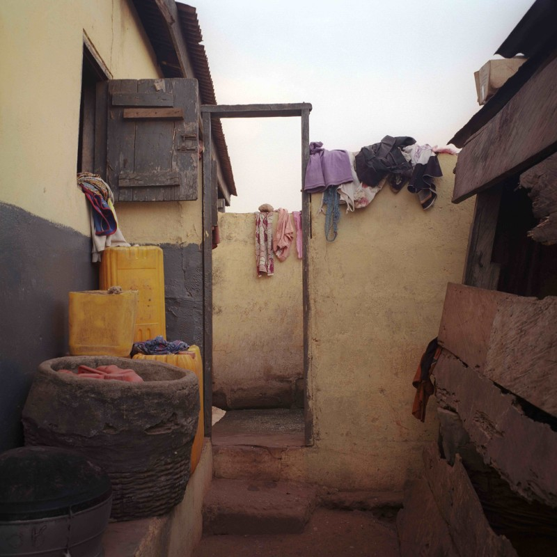 Denis Dailleux, Village's bath's, Mumford, Ghana, 2016, Silver print, 80 x 80 cm, Edition 2/8. Courtesy the artist and Galerie 127